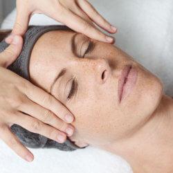 ansiktsbehandling klinik visage